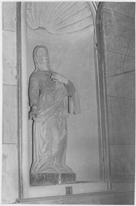 Statue (petite nature) : sainte Anne