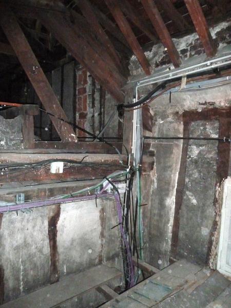 Extrados du plafond de la chambre vue depuis les combles de l'alcôve.