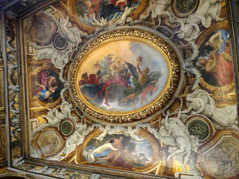 Chambre de Parade. Plafond à voussures, vu dans sa quasi-totalité.