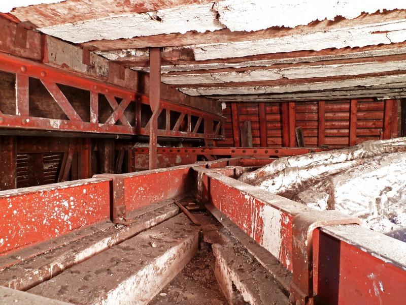 Chambre de Parade. Plafond à voussures, extrados, vue vers l'angle nord-ouest.