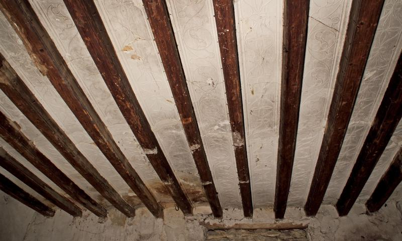 Plafond à entrevous plâtre;  vue générale vers l'ouest