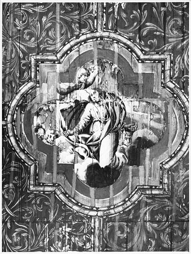 Plafond : détail d'un caisson polylobé orné de la scène de l'Assomption de la Vierge, bois peint