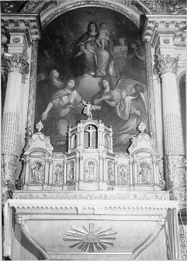 Autel, tabernacle, retable, tableau (autel majeur) : 'Vierge à l'Enfant', petit autel galbé, tabernacle et retable architecturés