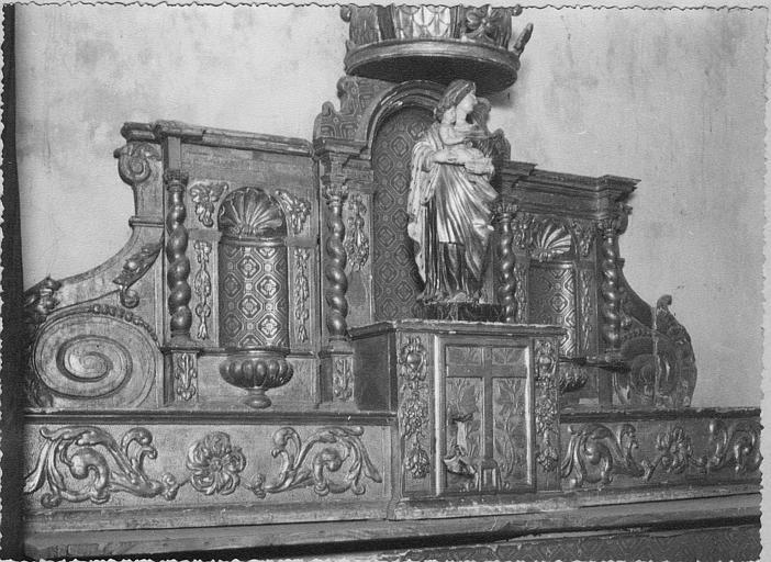 Tabernacle, statue : 'Vierge à l'Enfant dire Notre-Dame des Lumières', tabernacle architecturé, bois sculpté, doré
