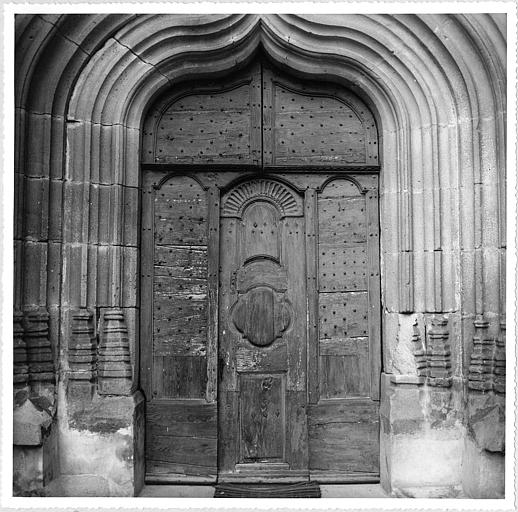 Vue de la porte sud (extérieur) ; avant restauration
