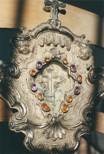 Reliquaire de la Vraie Croix : détail de la lunette accueillant la relique