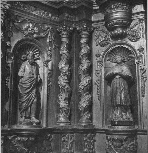 Tabernacle, statues (2) : détail de deux saints placés dans des niches de la partie inférieure, bois sculpté, doré