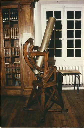 Télescope : type Cassegrain, bois et bronze blanc