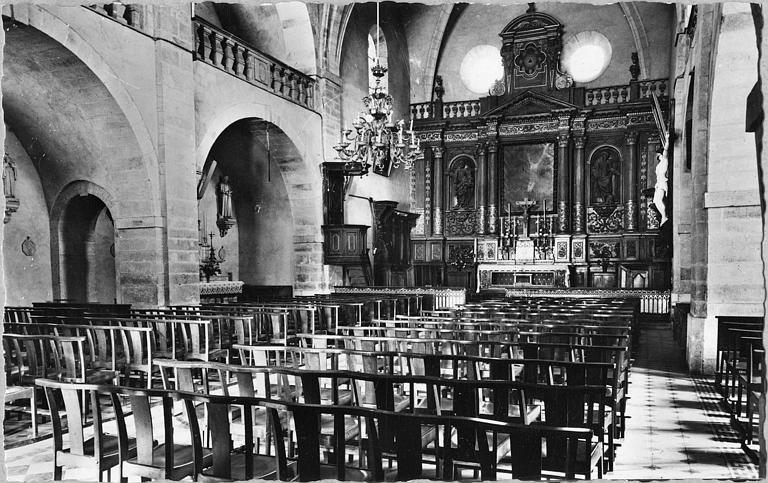Vue générale de la nef et du choeur ; avant restauration