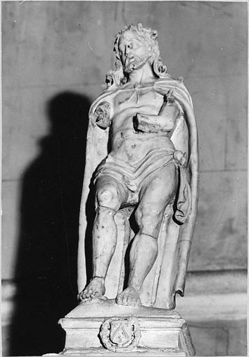 Statue (statuette) : 'Christ aux outrages', pierre calcaire sculptée