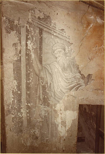 Peinture monumentale : escalier, personnage masculin barbu, index droit levé