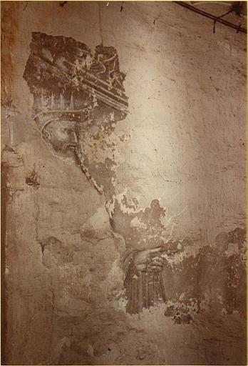 Peinture monumentale : escalier, détail du visage d'un personnage barbu
