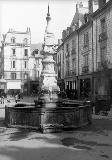 Fontaine dite Fontaine de Beaune