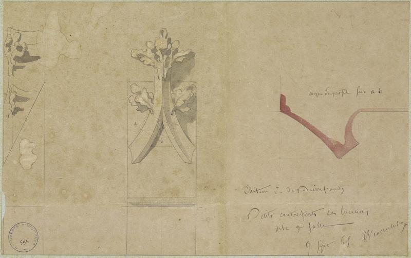 Petits contreforts des lucarnes du comble de l'aile nord-ouest, coupe détail du fleuron