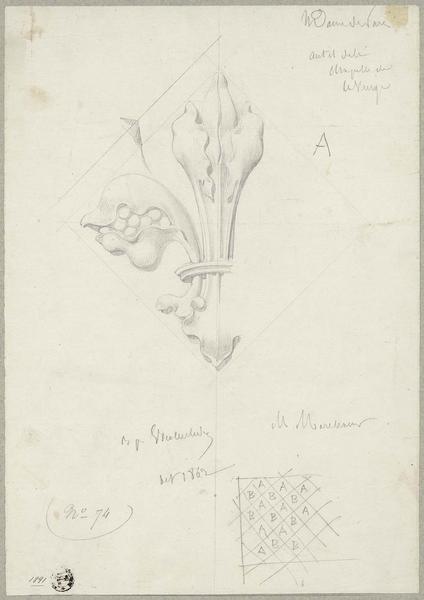 Abside, chapelle de la Vierge ; Détail d'un fleuron A inscrit dans un losange. Plan de répartition des losanges A et B
