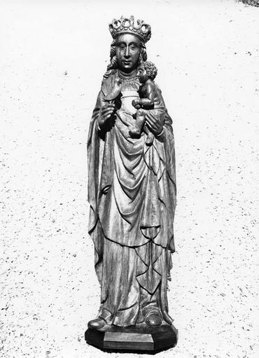 Statue dite la Vierge à l'oiseau : Vierge à l'Enfant,vue  de face, chêne
