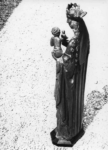 Statue dite la Vierge à l'oiseau : Vierge à l'Enfant, vue de dos, chêne