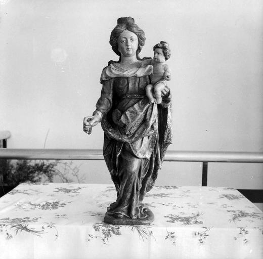 Statue : Vierge à l'Enfant, bois polychrome
