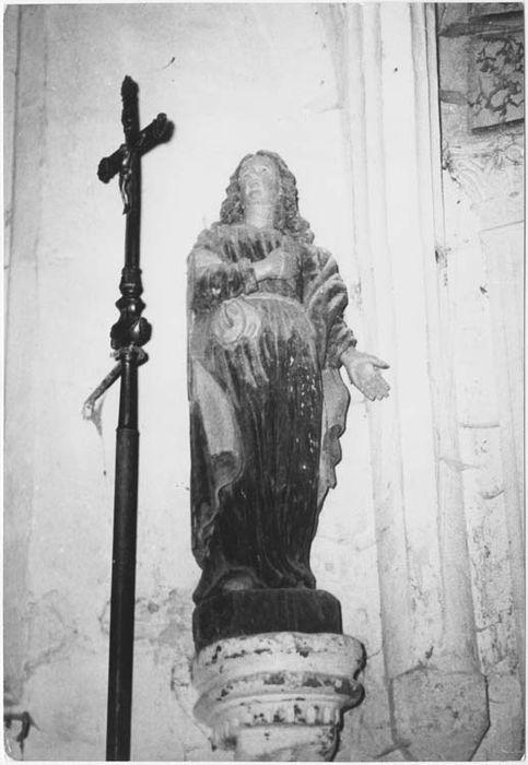 Statue: Saint Jean