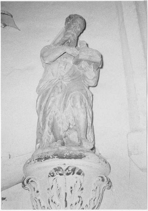 Statue: Saint Jean-Baptiste
