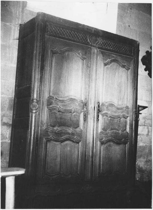 Deux armoires de sacristie
