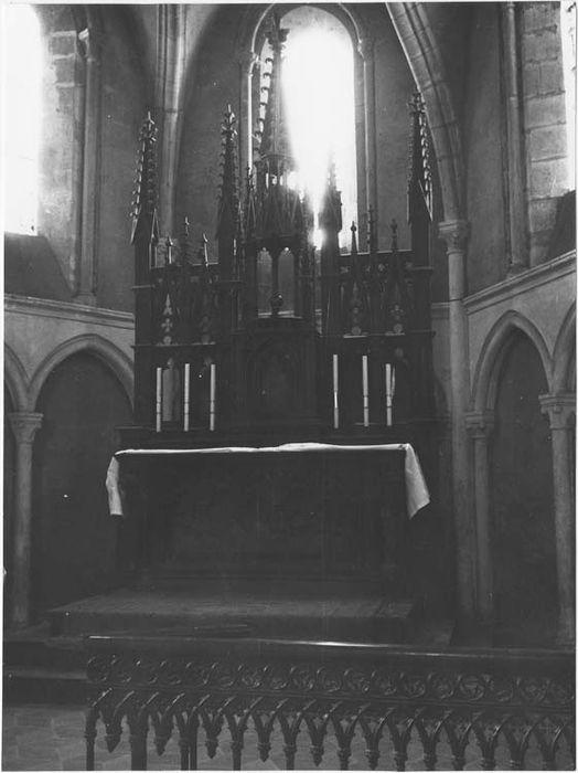 Autel (maître-autel) et retable