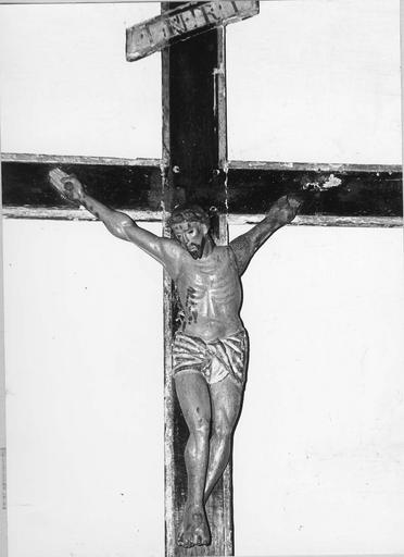 Statue : Christ en croix, statue dite des Pénitents, bois sculpté, peint