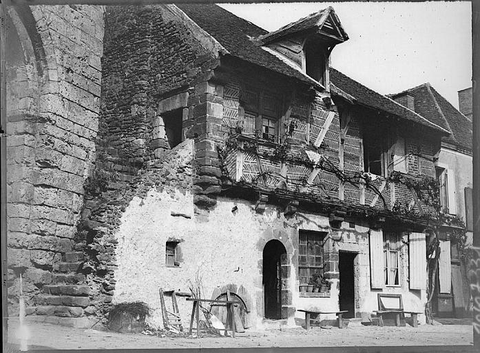 Façade d'une maison ancienne