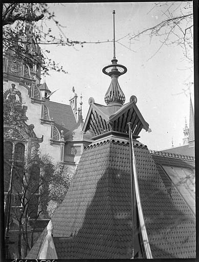 Lanternon sur le toit