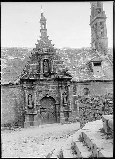 Portail nord, statues de sainte Anne et de la Vierge