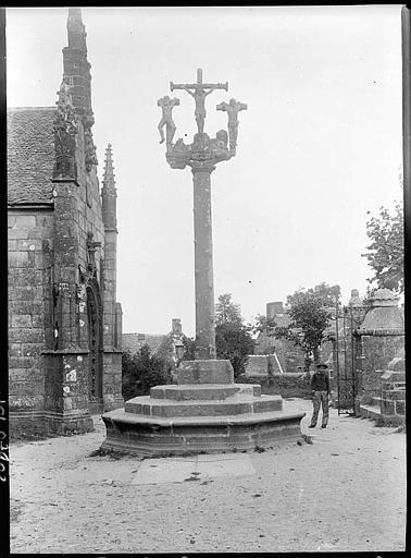 Calvaire du cimetière