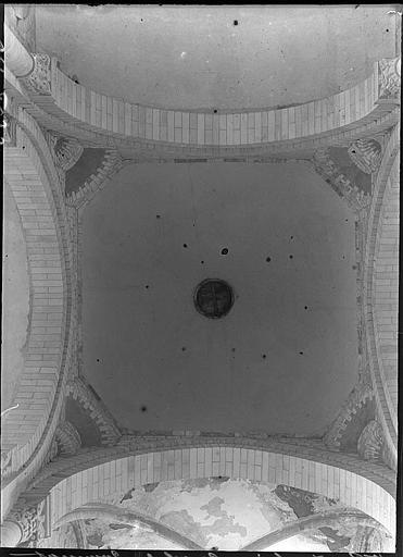 Intérieur : coupole du transept