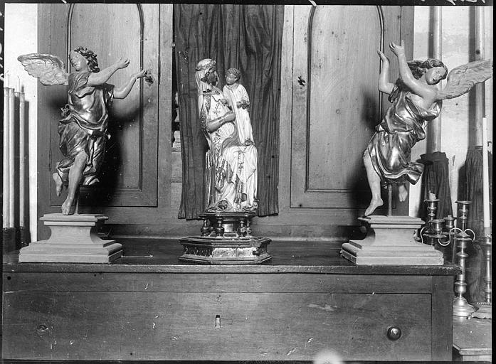 Intérieur : Vierges en ivoire