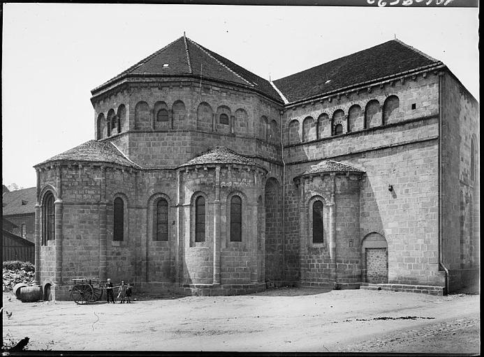 Abside et transept nord