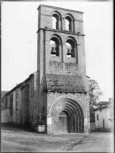 Façade ouest : clocher-mur