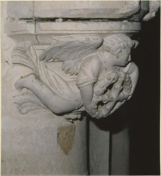 Statue: saint Jacques le majeur, détail de la console