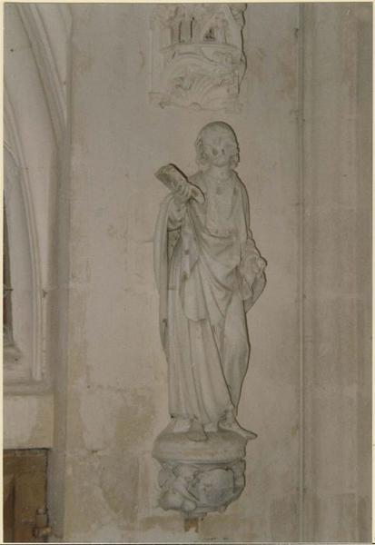 Statue: saint Judes, vue générale