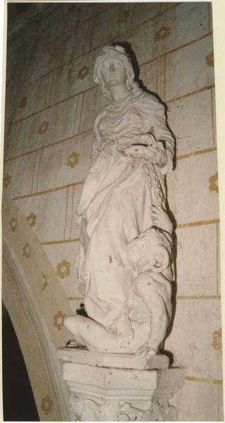 Statue : Sainte Brigitte