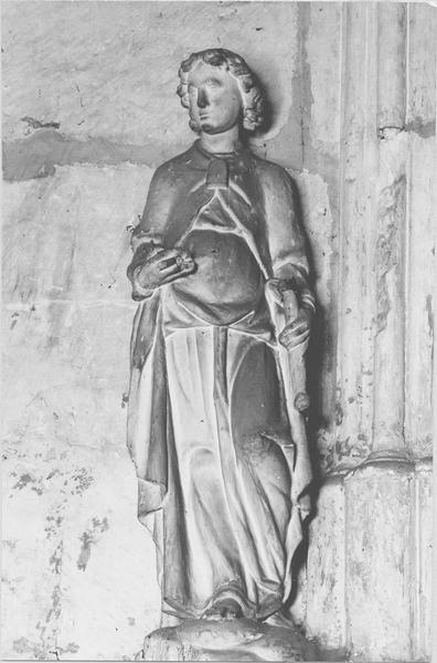 Statue : peut-être saint Étienne (disparue)