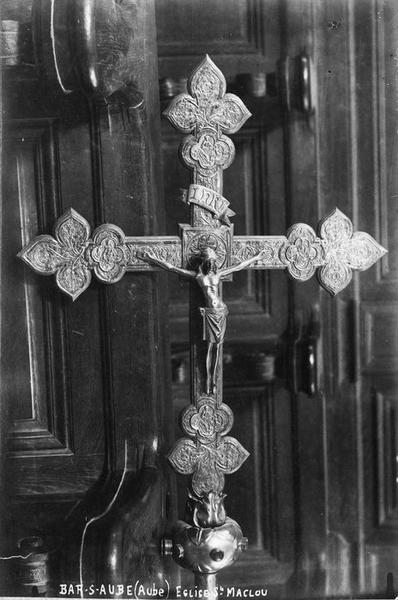 croix de procession, vue générale