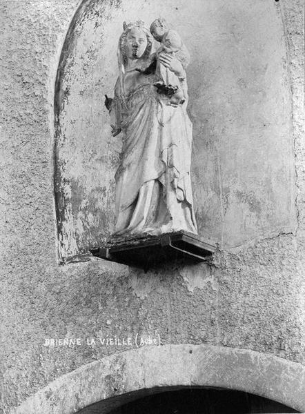 Statue : Vierge à l'Enfant (Trésor des Eglises de Brienne-le-Château)