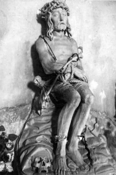 Statue : Christ de Pitié
