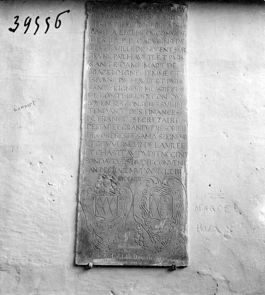 Plaque commémorative de la restauration de l'église