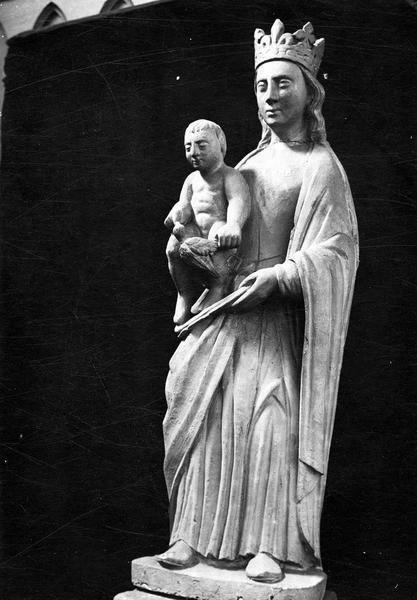 statue : Vierge à l'Enfant à l'oiseau, vue générale