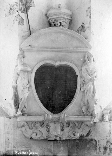 monument funéraire du coeur de Jacques du Metz, vue générale
