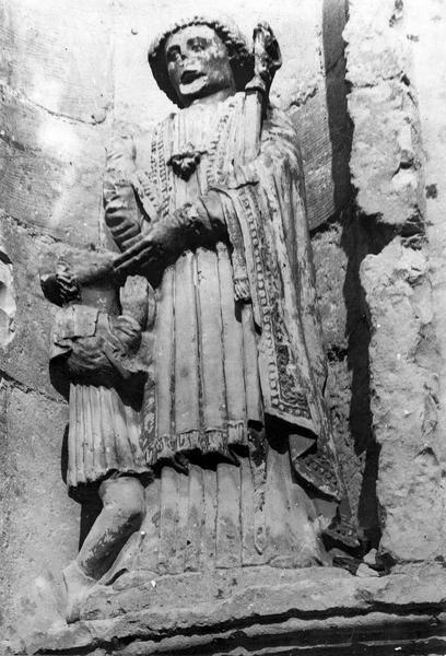 statue : saint Marcoul, vue générale
