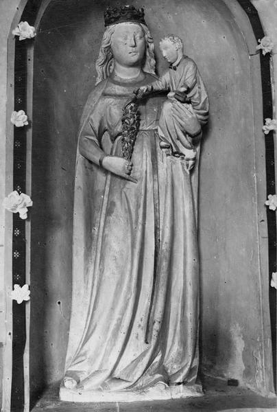Statue : Vierge à l'Enfant (détruite ?)
