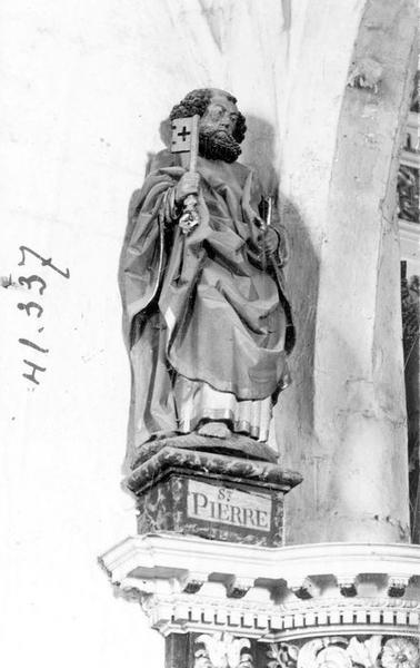 statue : saint Pierre, vue générale