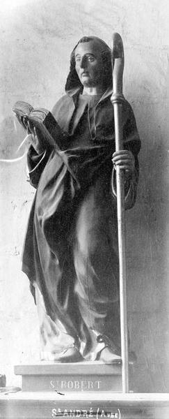 statue : saint Frobert, vue générale