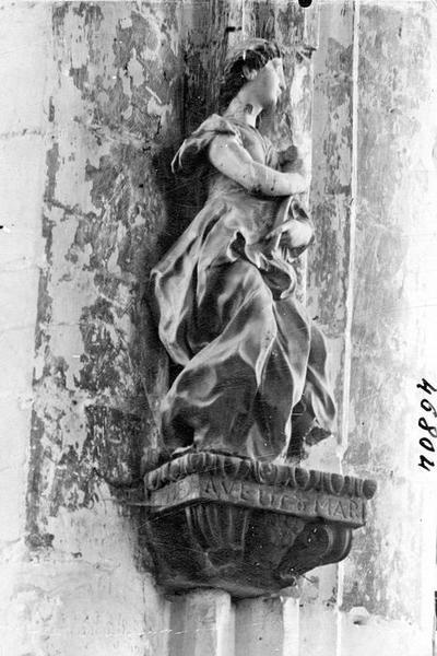 2 statues : Vierge, archange Gabriel de l'Annonciation